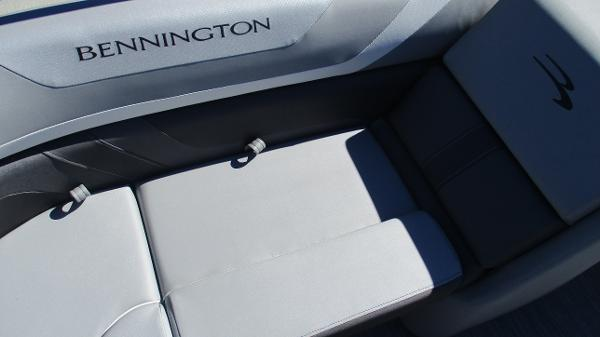 2021 Bennington boat for sale, model of the boat is 22 SSRX & Image # 17 of 54