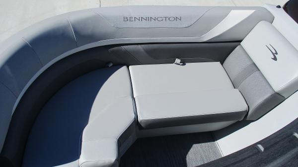 2021 Bennington boat for sale, model of the boat is 22 SSRX & Image # 43 of 54