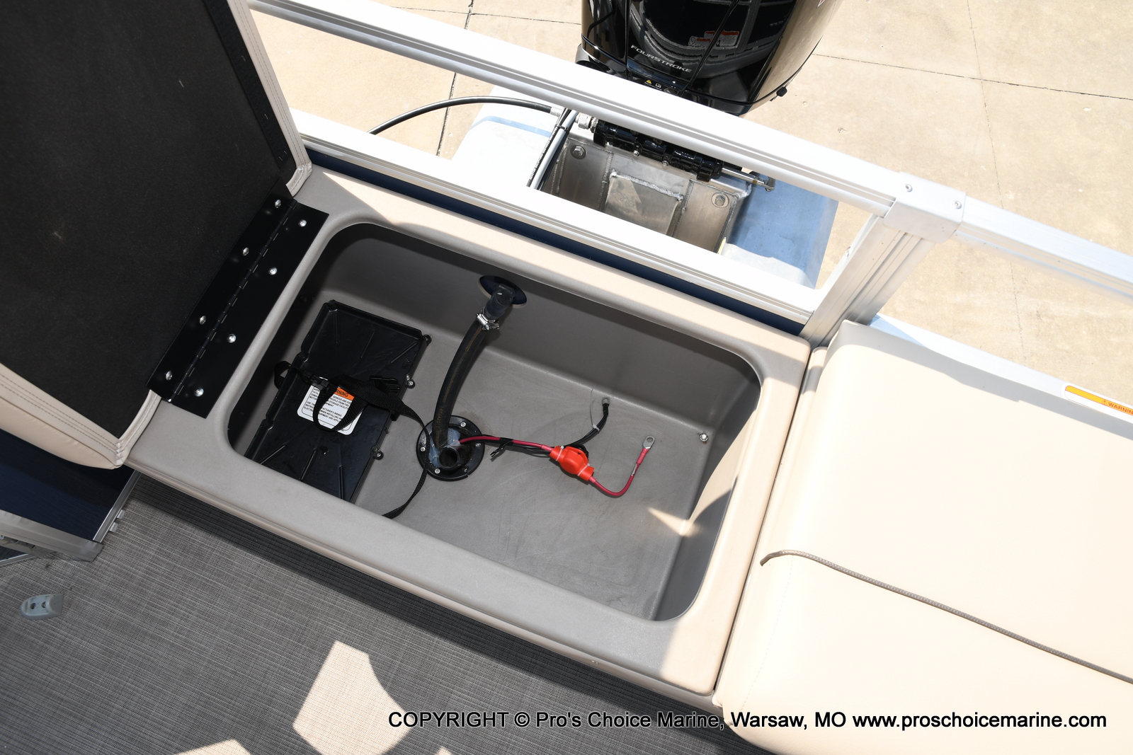 2021 Sun Tracker boat for sale, model of the boat is SPORTFISH 22 DLX w/115 Pro-XS & Image # 36 of 50