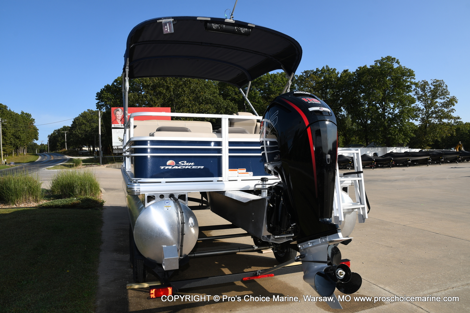 2021 Sun Tracker boat for sale, model of the boat is SPORTFISH 22 DLX w/115 Pro-XS & Image # 48 of 50