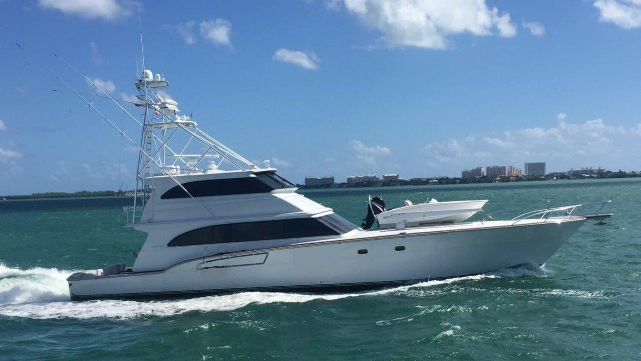 Picture Of:  80' Donzi 80 2004Yacht For Sale   13