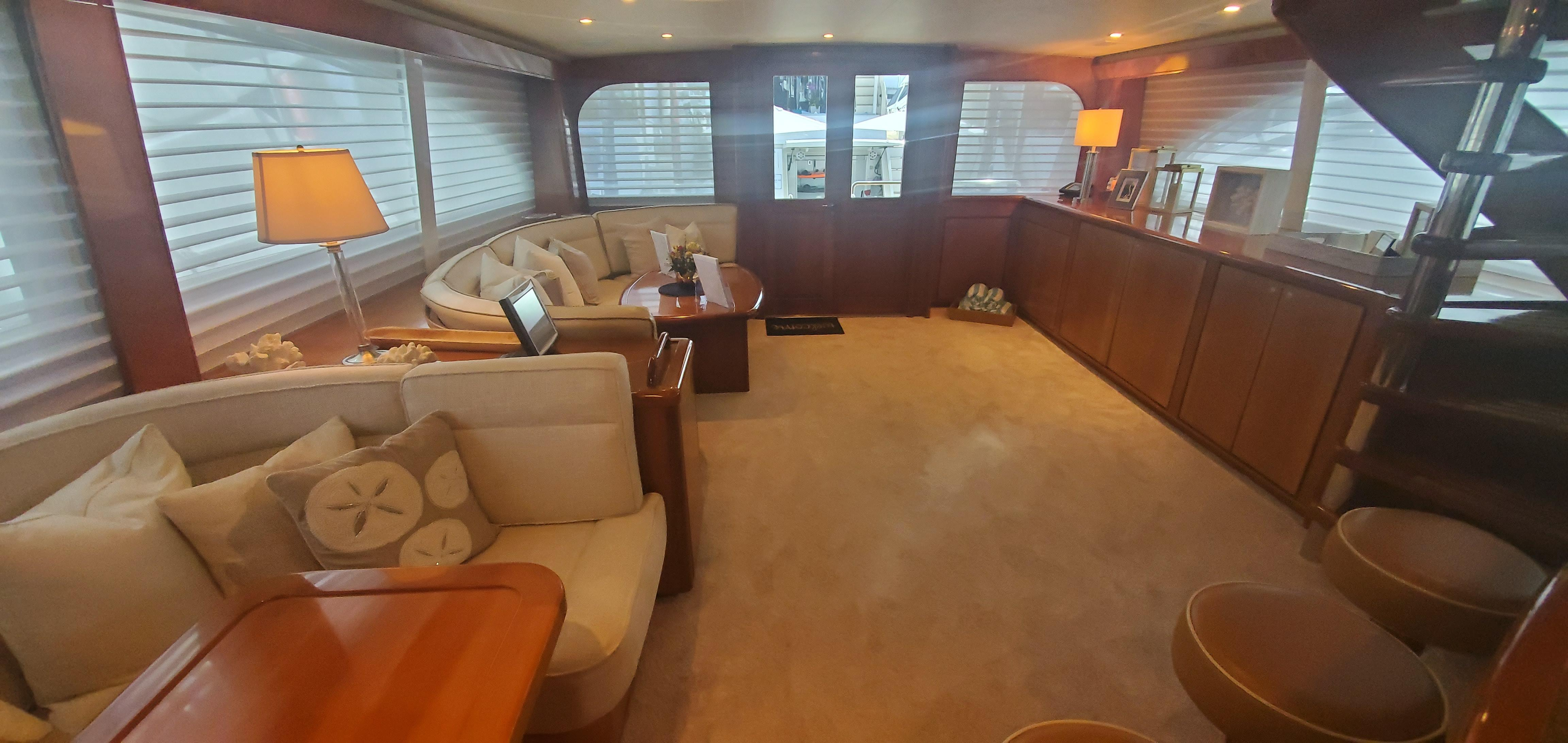 Picture Of:  80' Donzi 80 2004Yacht For Sale   3 of 13