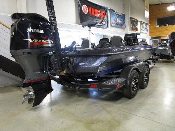 2021 Skeeter boat for sale, model of the boat is ZXR 20 & Image # 10 of 47