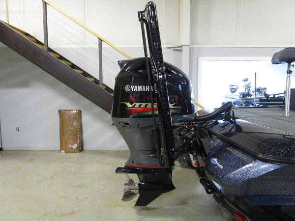 2021 Skeeter boat for sale, model of the boat is ZXR 20 & Image # 11 of 47