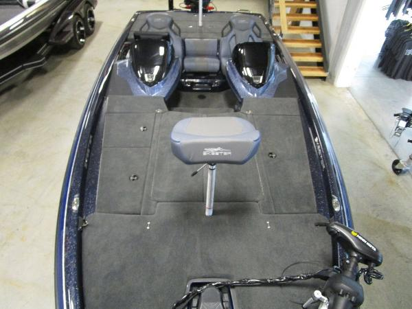 2021 Skeeter boat for sale, model of the boat is ZXR 20 & Image # 13 of 47