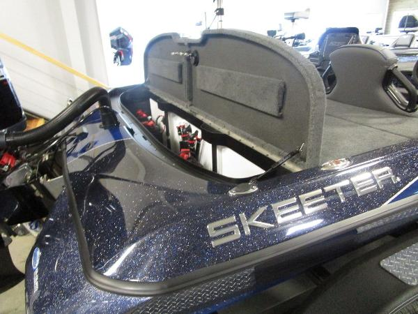 2021 Skeeter boat for sale, model of the boat is ZXR 20 & Image # 44 of 47