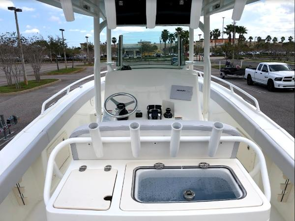 2020 Mako boat for sale, model of the boat is 284 CC & Image # 19 of 59
