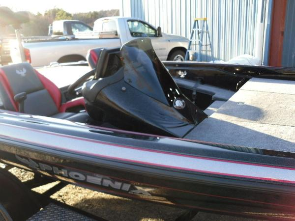 2020 Phoenix boat for sale, model of the boat is 919 ProXP & Image # 2 of 21