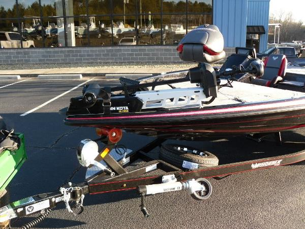 2020 Phoenix boat for sale, model of the boat is 919 ProXP & Image # 9 of 21