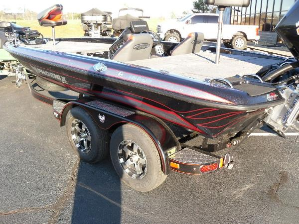 2020 Phoenix boat for sale, model of the boat is 919 ProXP & Image # 10 of 21