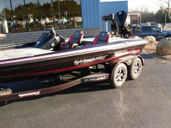 2020 Phoenix boat for sale, model of the boat is 919 ProXP & Image # 21 of 21