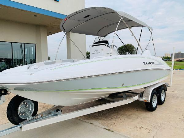 2021 Tahoe boat for sale, model of the boat is 2150 CC & Image # 4 of 54