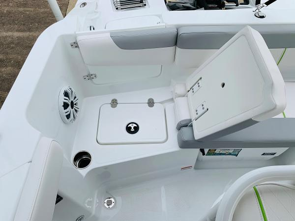 2021 Tahoe boat for sale, model of the boat is 2150 CC & Image # 43 of 54