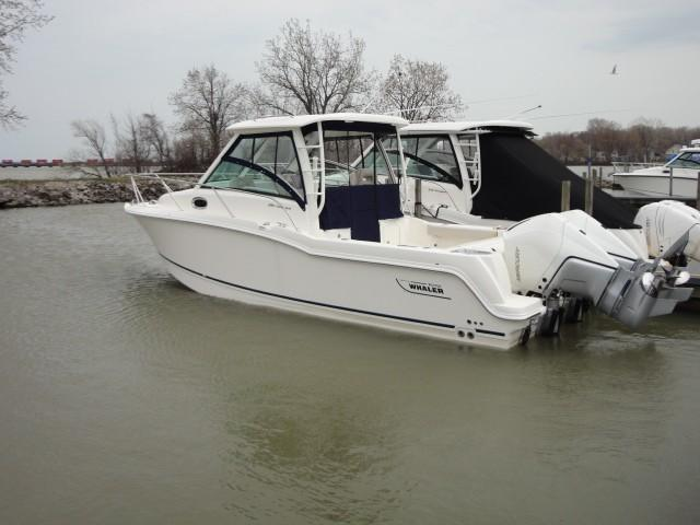 Image of 2021 Boston Whaler 285 Conquest