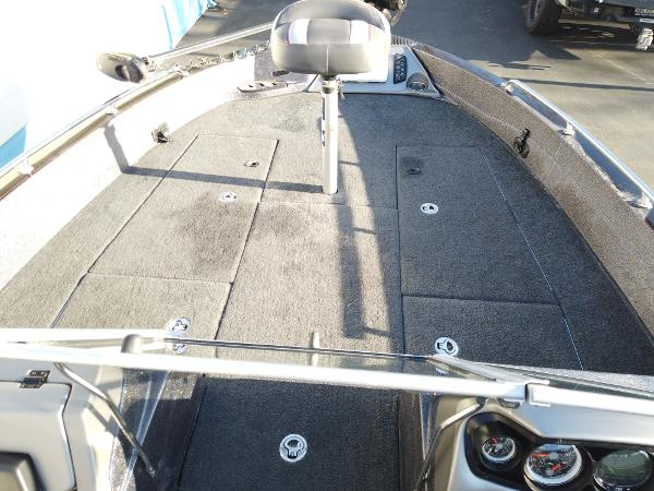 2017 Ranger Boats boat for sale, model of the boat is 621FS Fisherman & Image # 12 of 15