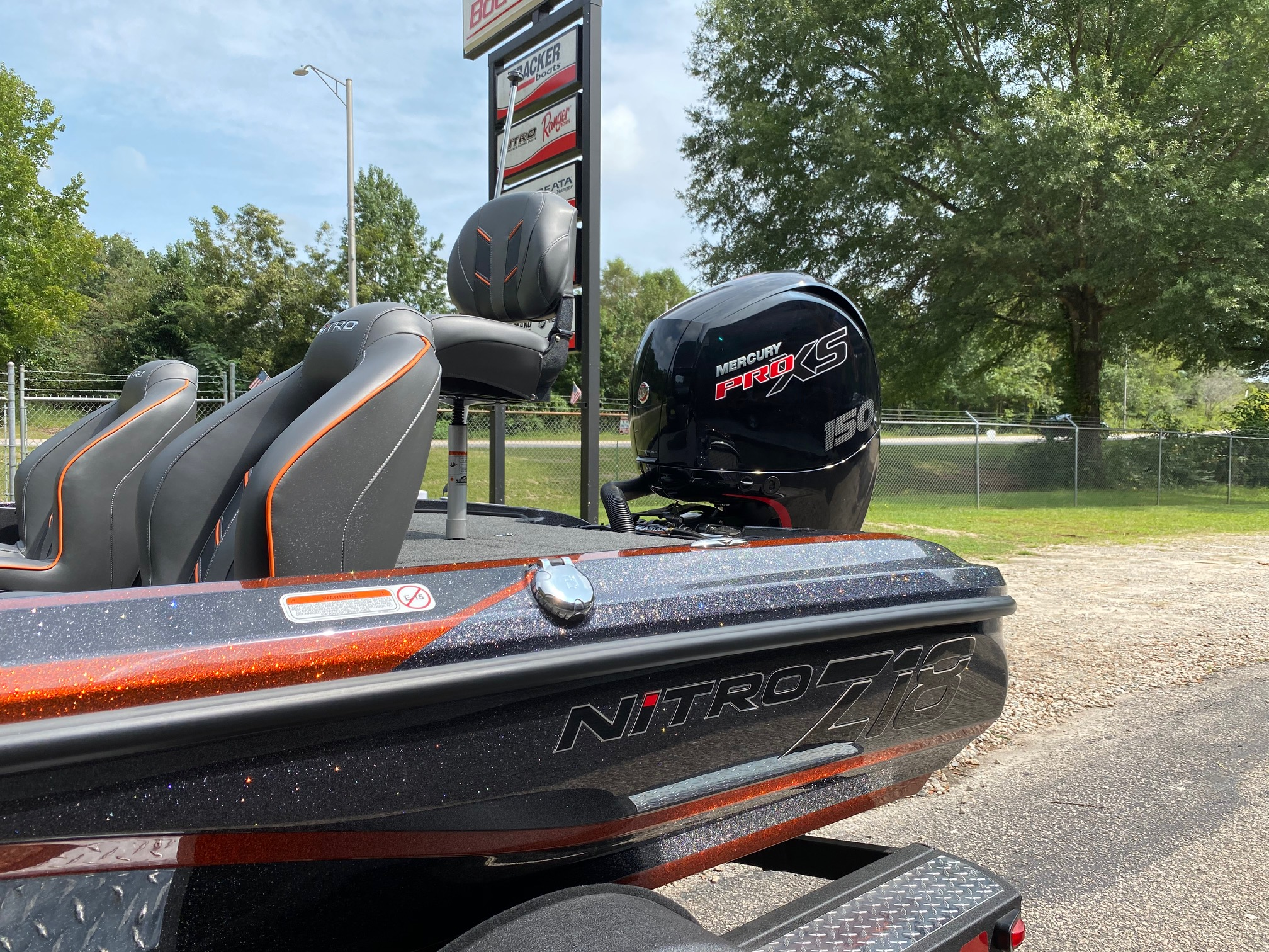 2021 Nitro boat for sale, model of the boat is Z18 W/150L PXS4 & Image # 46 of 47