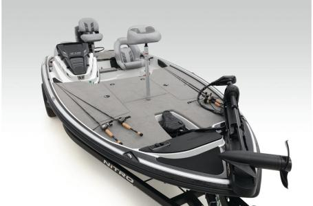 2021 Nitro boat for sale, model of the boat is Z18 W/150L PXS4 & Image # 4 of 47
