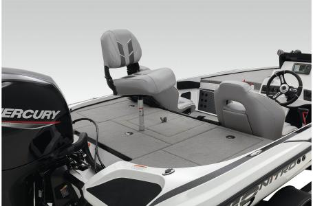 2021 Nitro boat for sale, model of the boat is Z18 W/150L PXS4 & Image # 5 of 47