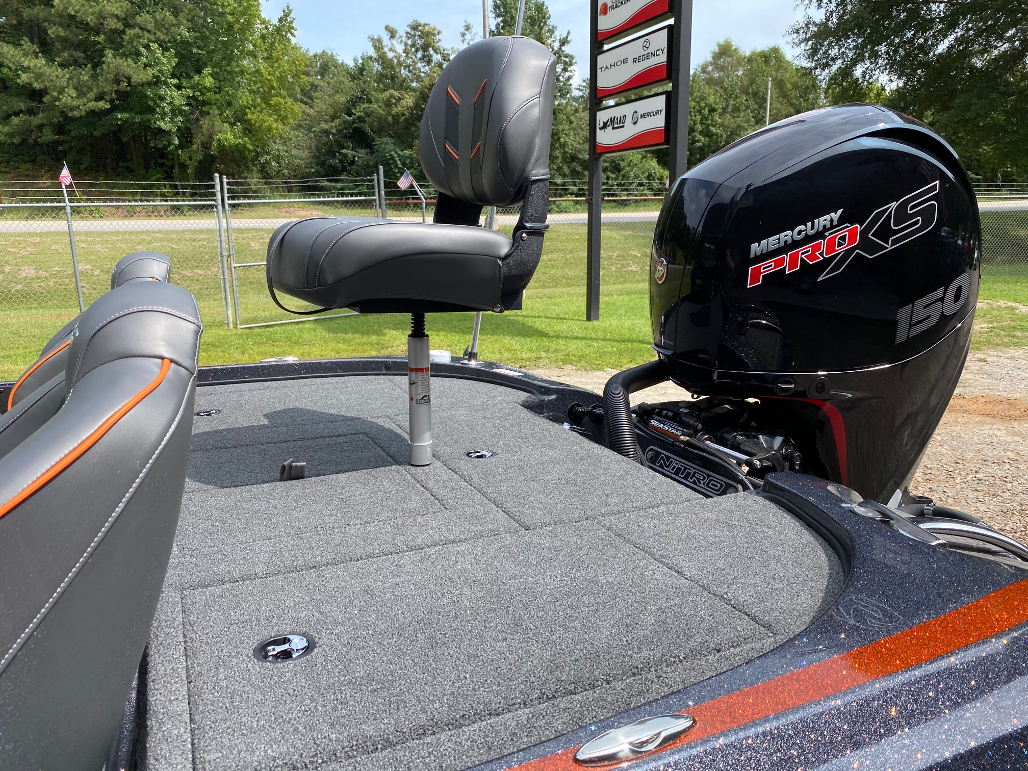 2021 Nitro boat for sale, model of the boat is Z18 W/150L PXS4 & Image # 25 of 47