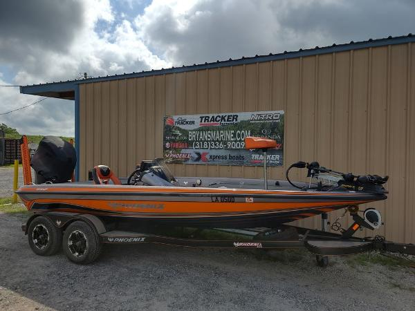 2017 Phoenix boat for sale, model of the boat is 919 ProXP & Image # 1 of 23