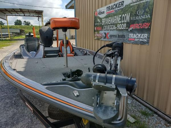 2017 Phoenix boat for sale, model of the boat is 919 ProXP & Image # 7 of 23