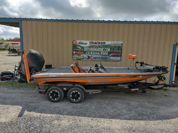 2017 Phoenix boat for sale, model of the boat is 919 ProXP & Image # 20 of 23