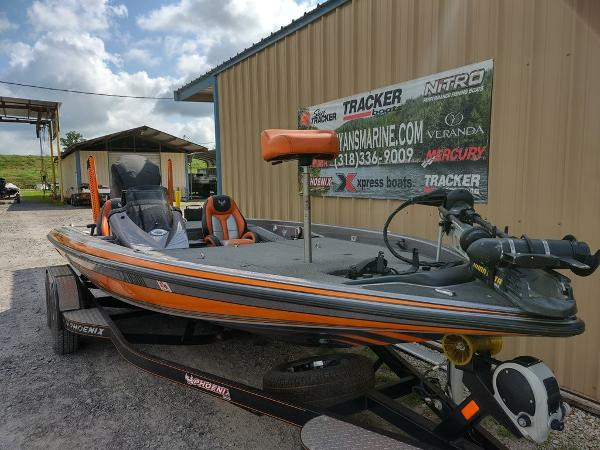 2017 Phoenix boat for sale, model of the boat is 919 ProXP & Image # 21 of 23