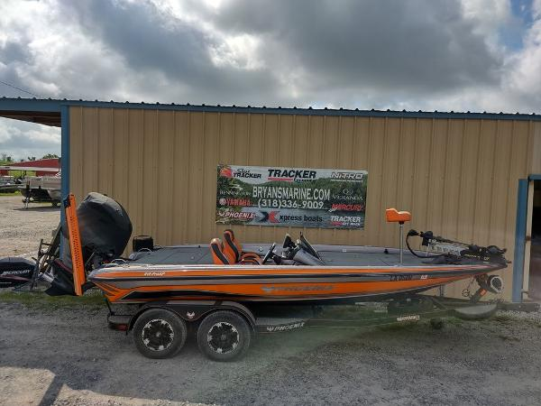 2017 Phoenix boat for sale, model of the boat is 919 ProXP & Image # 23 of 23