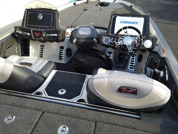 2021 Ranger Boats boat for sale, model of the boat is Z520L RANGER CUP EQUIPPED & Image # 5 of 10