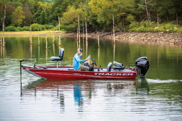 2020 Tracker Boats boat for sale, model of the boat is Pro 160 & Image # 5 of 38