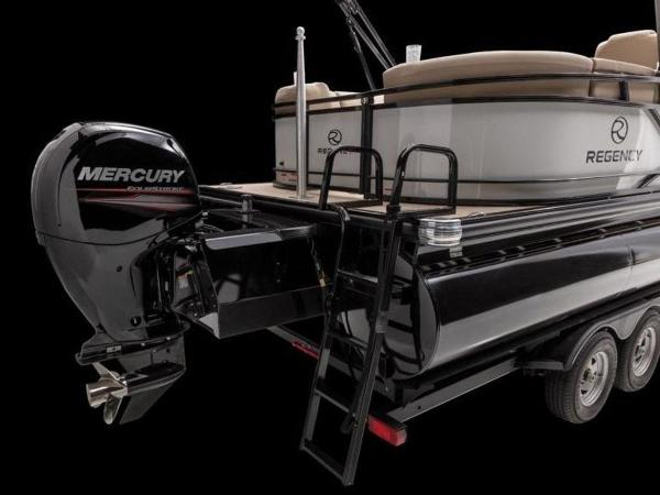 2021 Regency boat for sale, model of the boat is 230 DL3 & Image # 12 of 54
