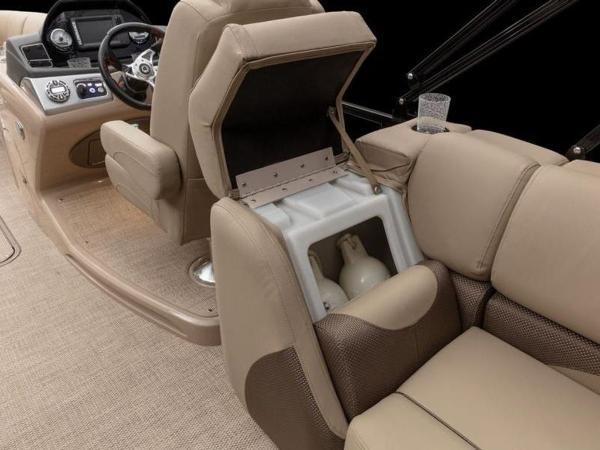 2021 Regency boat for sale, model of the boat is 230 DL3 & Image # 16 of 54