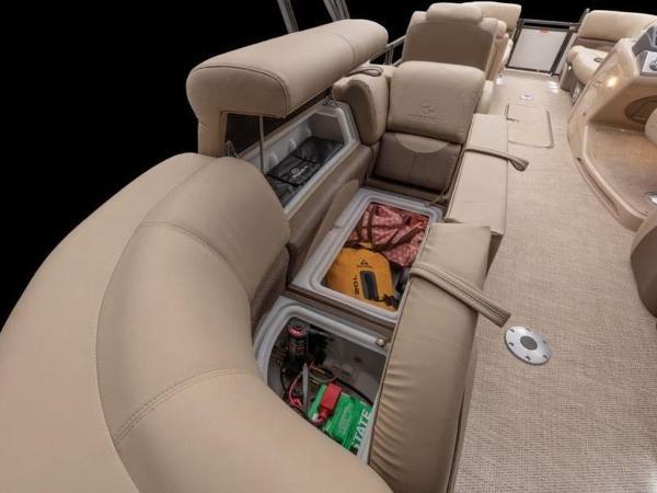 2021 Regency boat for sale, model of the boat is 230 DL3 & Image # 17 of 54