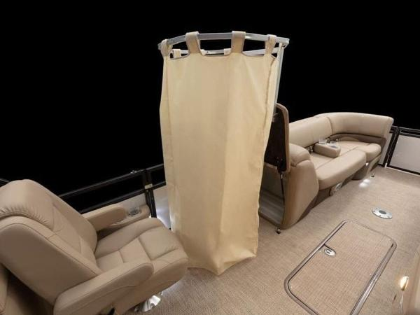 2021 Regency boat for sale, model of the boat is 230 DL3 & Image # 28 of 54