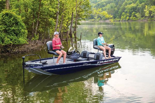 2020 Tracker Boats boat for sale, model of the boat is Pro 170 & Image # 3 of 10