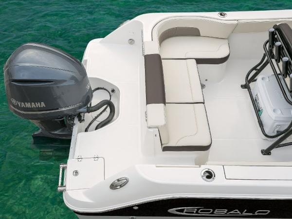 2022 Robalo boat for sale, model of the boat is R242EX & Image # 9 of 26