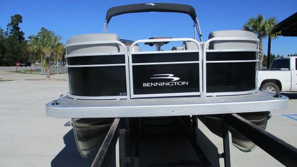 2021 Bennington boat for sale, model of the boat is 20 SVSR & Image # 7 of 43
