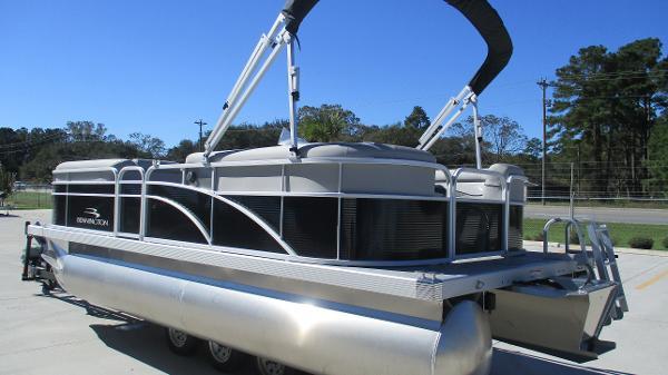 2021 Bennington boat for sale, model of the boat is 20 SVSR & Image # 6 of 43
