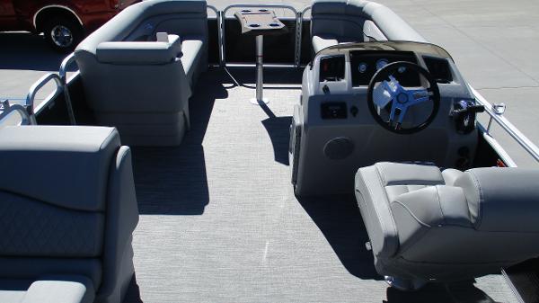 2021 Bennington boat for sale, model of the boat is 20 SVSR & Image # 39 of 43