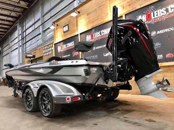 2020 Triton boat for sale, model of the boat is 20 TRX & Image # 2 of 18