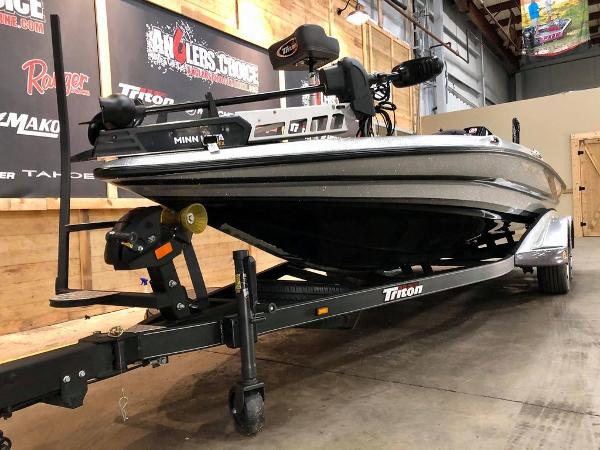 2020 Triton boat for sale, model of the boat is 20 TRX & Image # 3 of 18
