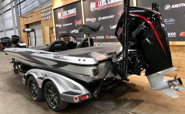 2020 Triton boat for sale, model of the boat is 20 TRX & Image # 5 of 18