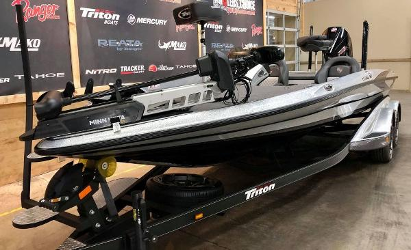 2020 Triton boat for sale, model of the boat is 20 TRX & Image # 9 of 18