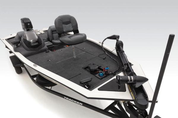 2020 Tracker Boats boat for sale, model of the boat is Pro Team 175 TXW Tournament Edition & Image # 18 of 65