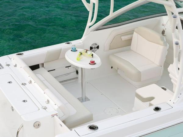 2022 Robalo boat for sale, model of the boat is R247 & Image # 9 of 28