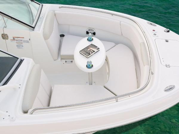 2022 Robalo boat for sale, model of the boat is R247 & Image # 18 of 28