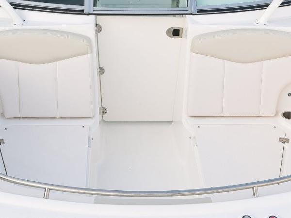 2022 Robalo boat for sale, model of the boat is R247 & Image # 21 of 28