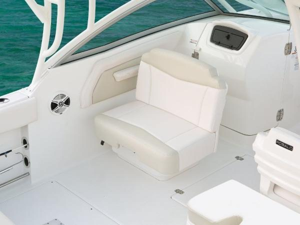 2022 Robalo boat for sale, model of the boat is R247 & Image # 23 of 28