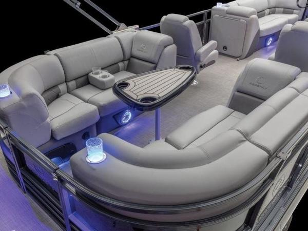 2022 Regency boat for sale, model of the boat is 230 LE3 & Image # 19 of 55
