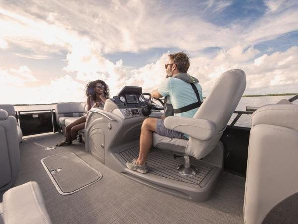 2022 Regency boat for sale, model of the boat is 230 LE3 & Image # 23 of 55